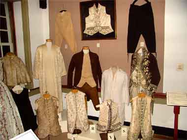 From Head To Toe 18th Century Clothing At Pottsgrove Manor